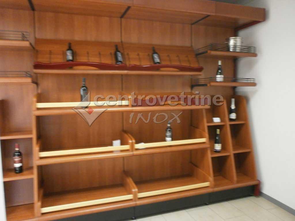 Scaffale enoteca ciliegio in legno for Negozi arredamento ancona