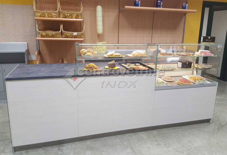 Banco vetrina neutra da mt 3 30 per panetteria pizzeria for Arredamento pasticceria prezzi